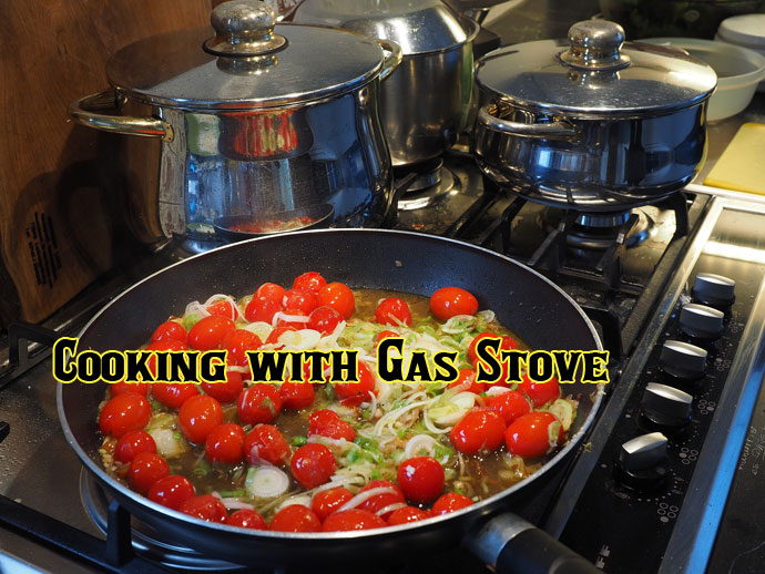 Cooking with Gas Stove for First Time